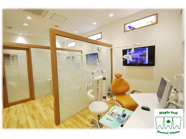 麻酔は、電動の注射器と一番細い針を使用しています。